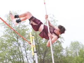 Track places 3rd at Loucks Games, witnesses Hurdles Champion at Catholic States