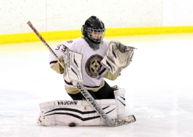 Hockey nets hat trick and then some in 5-0 weekend sweep